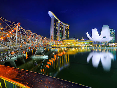Singapore-At-Night-1