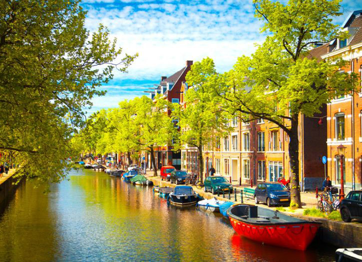 Amsterdam Sightseeing and Canal Cruise