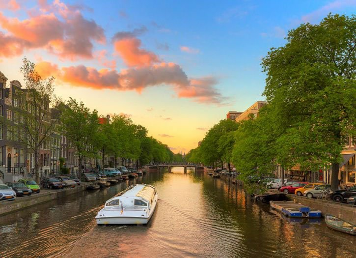 Amsterdam, Anne Frank House and Canal Cruise