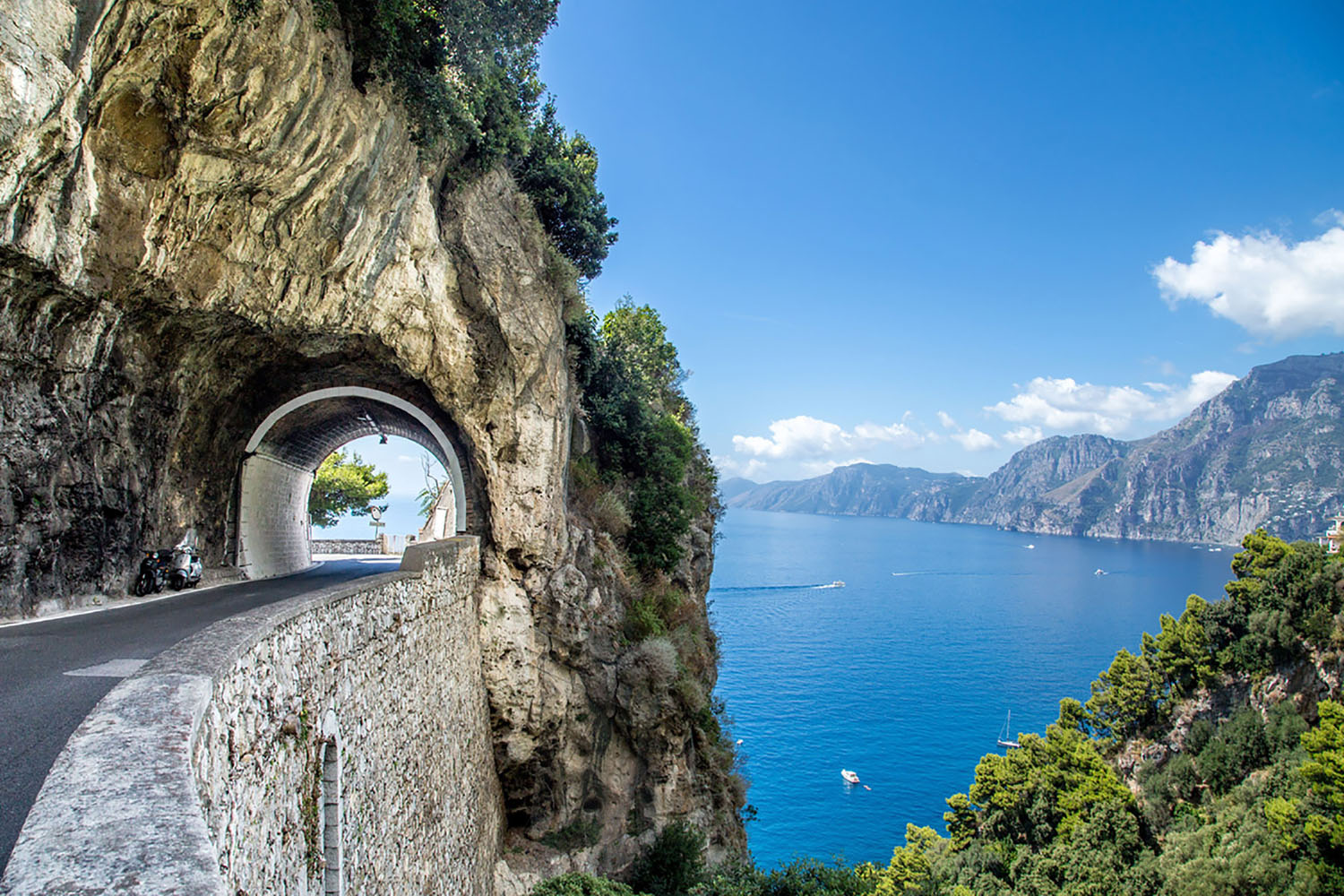 One of the most relaxing and heavenly destinations in Italy is the Amalfi Coast.