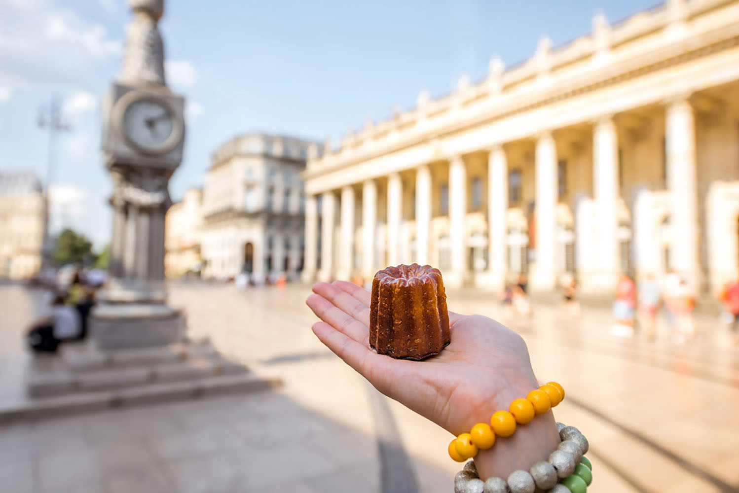 Canelé is a cylinder-shaped vanilla and rum-flavored pastry and a specialty of Bordeaux.
