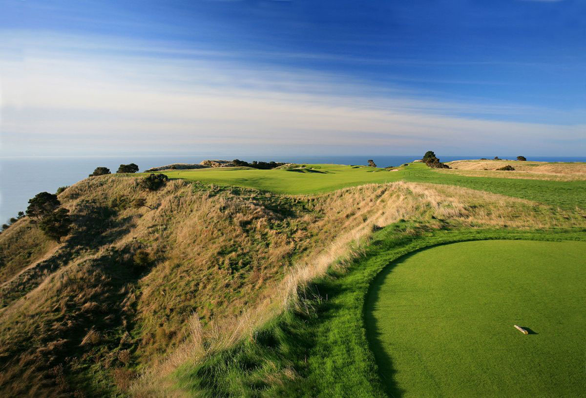 Cape Kidnappers in New Zealand, a golf cruise destination