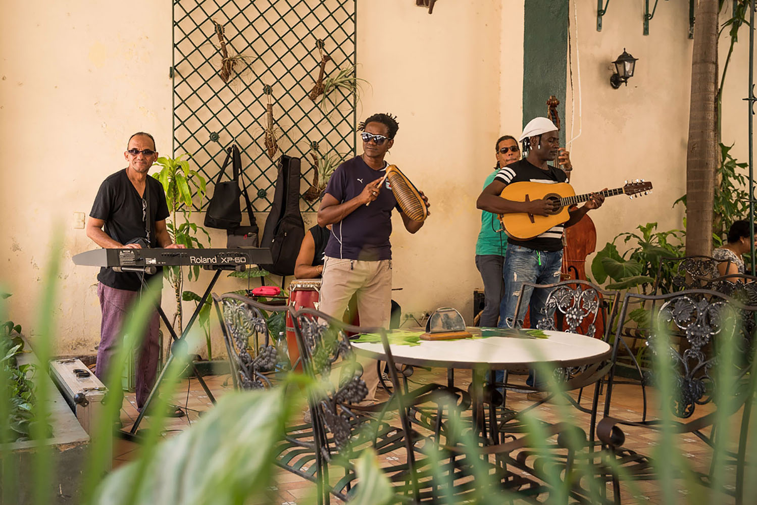 A group of men playing Cuban rumba