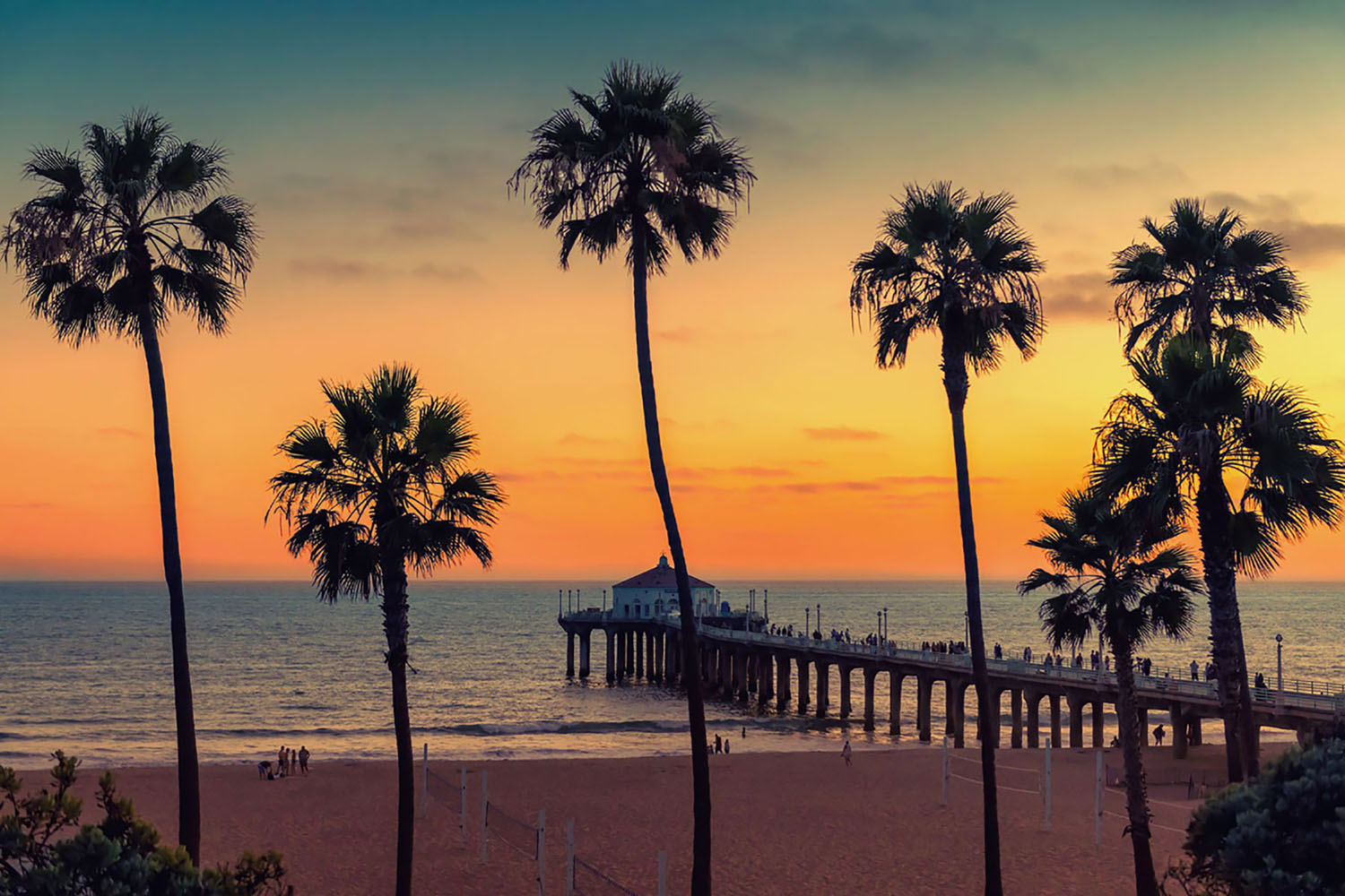 Manhattan Beach at sunset in Los Angeles, California