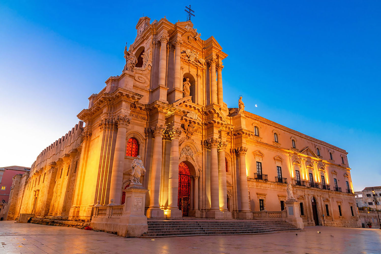 Night view of the Cathedral of Syracuse, Duomo di Siracusa