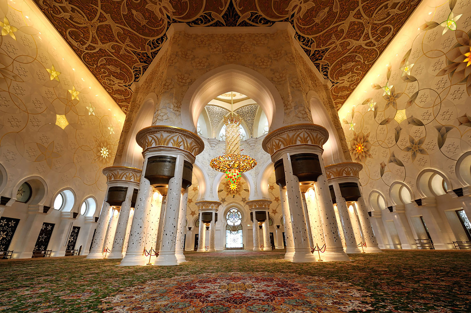 The interior of the Sheikh Zayed Grand Mosque