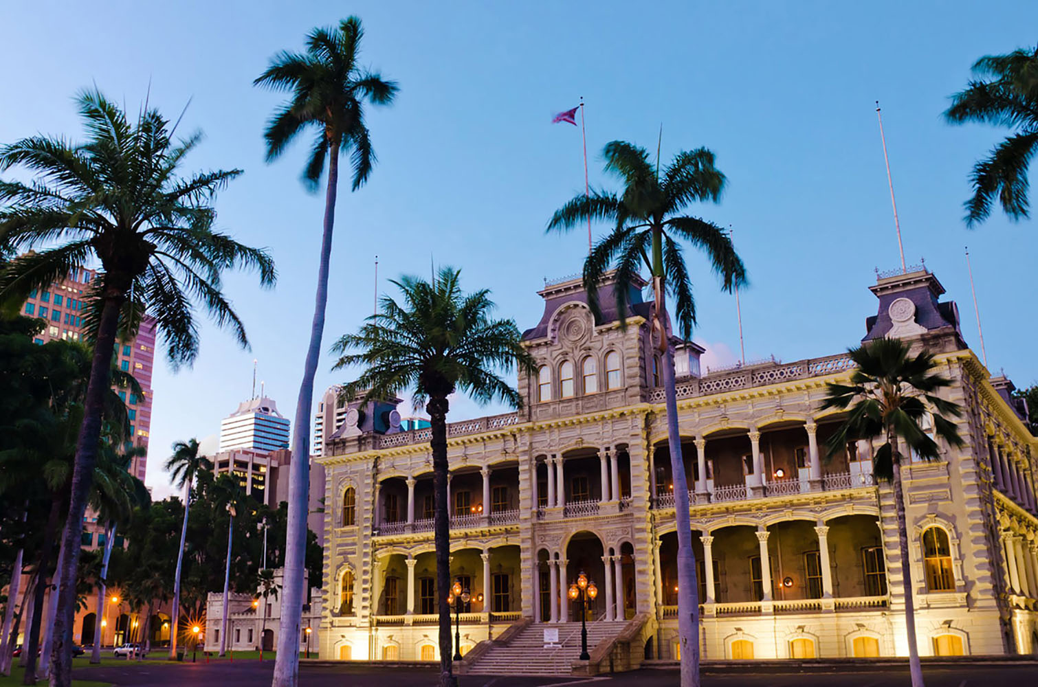 Iolani Palace in the early evening