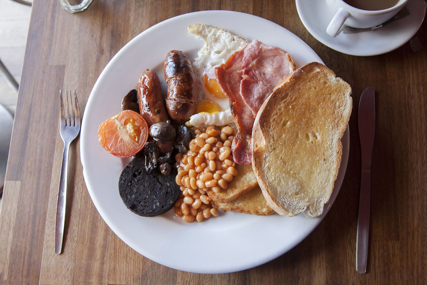 An example of a full Irish breakfast.