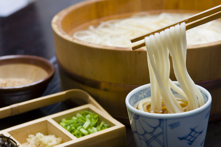 Udon noodles in hot soup