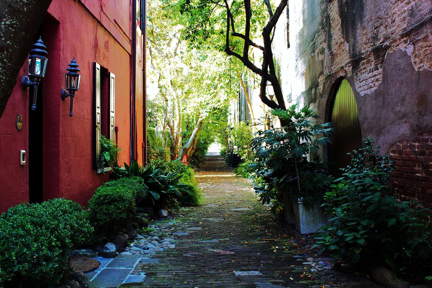 A cobblestone alley in Charleston, South Carolina