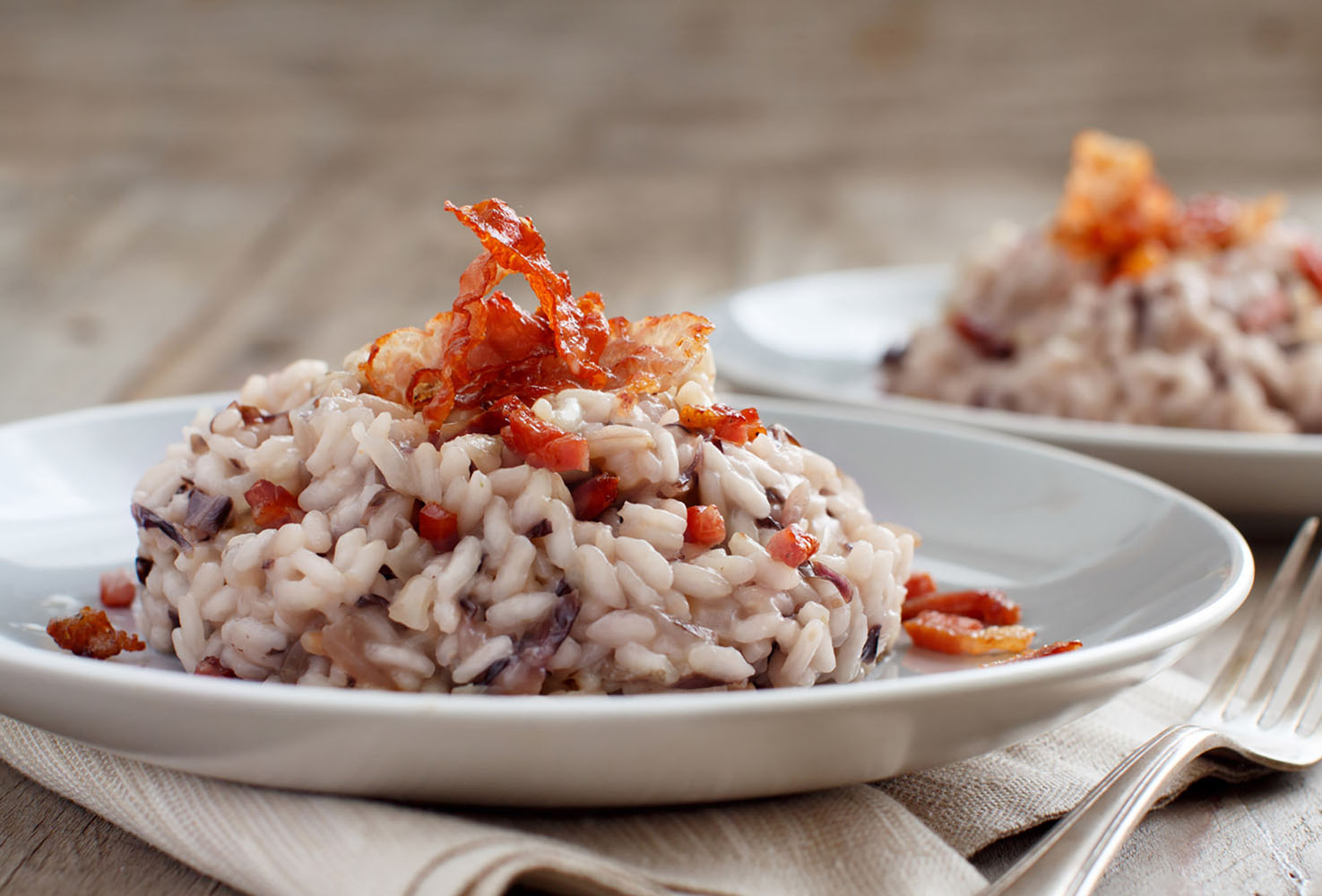 Risotto with red radicchio and crispy bacon