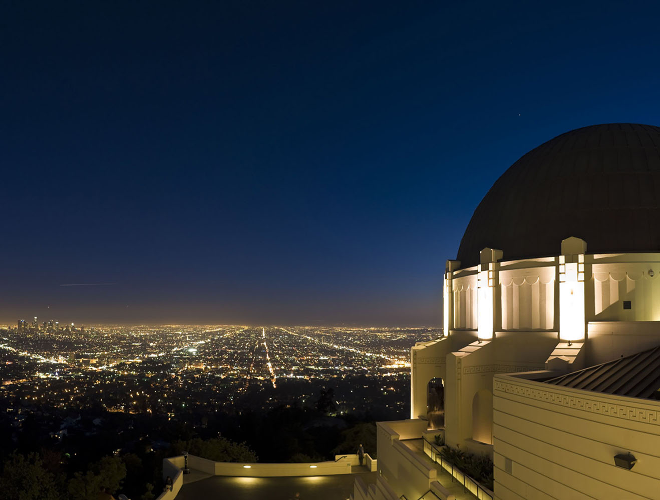 LA cityscape and Griffith Observatory in the evening