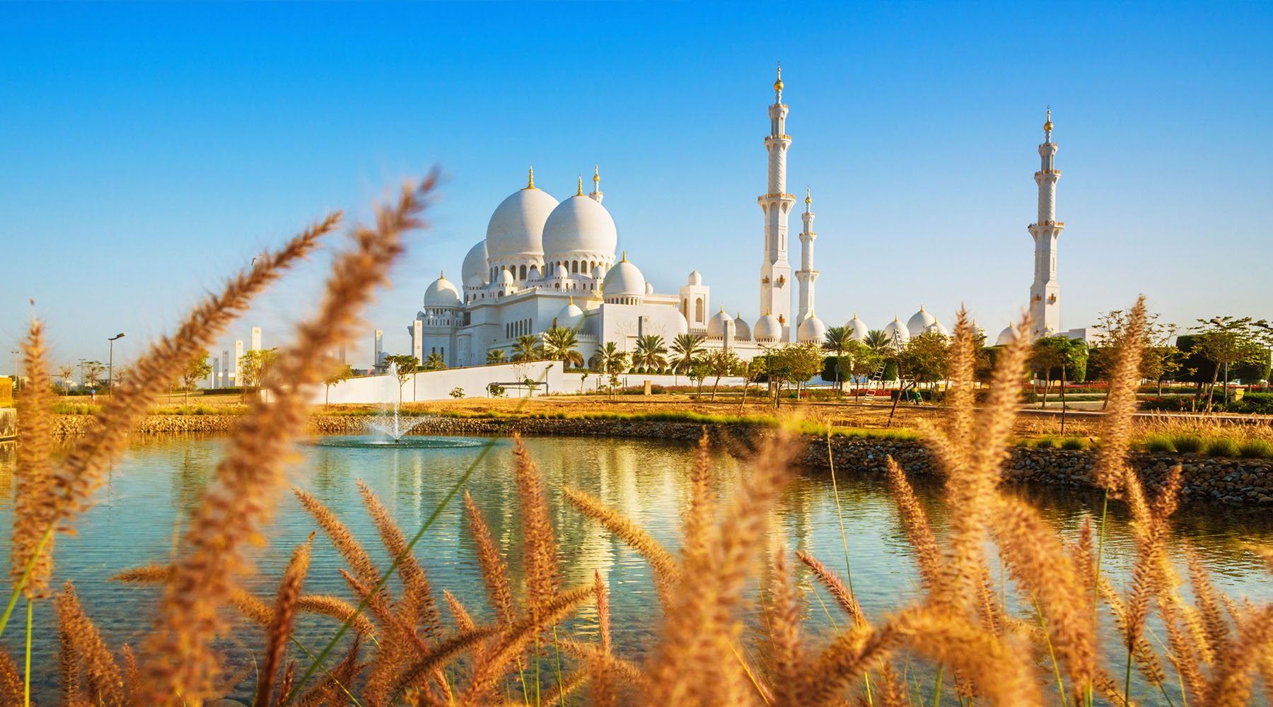 The Two Things You Simply Can't Miss In Abu Dhabi