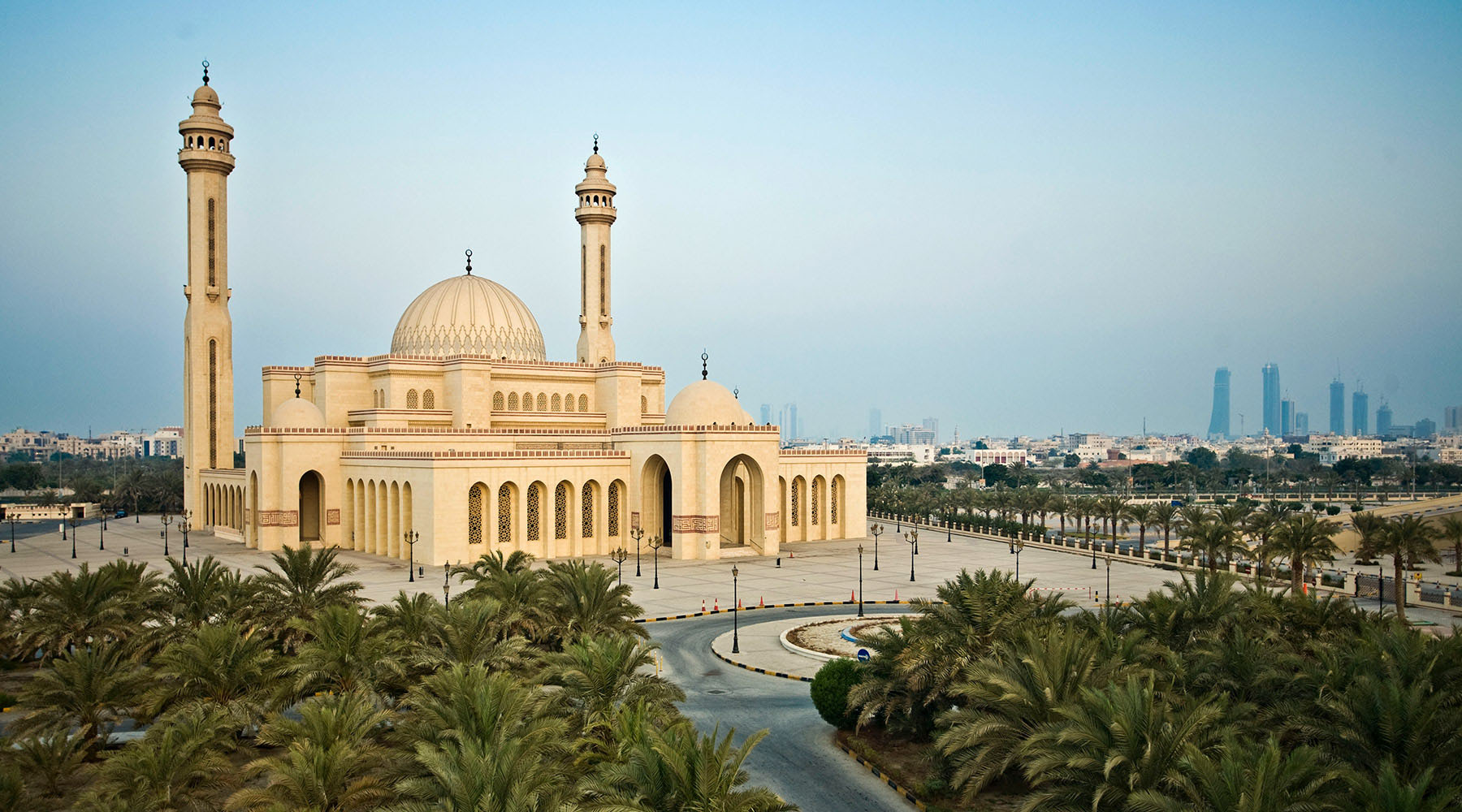 10 NIGHT ARABIAN GULF & EMIRATES VOYAGE