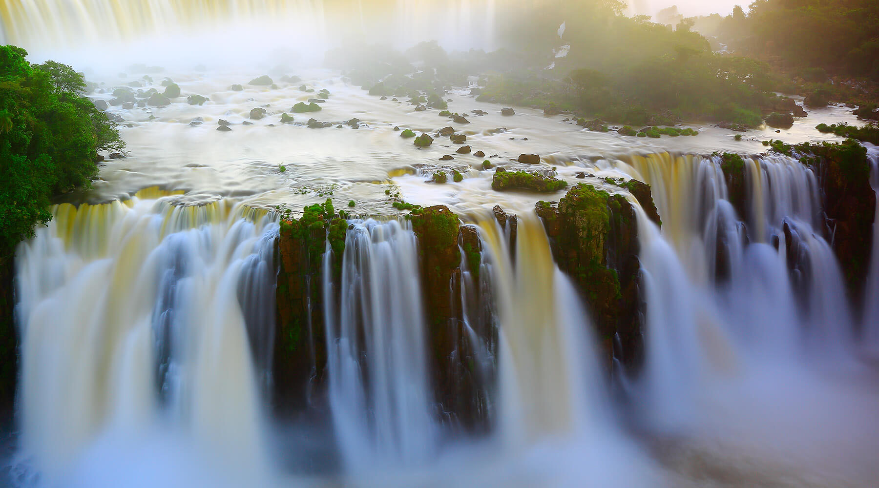 15-NIGHT NYE IN RIO VOYAGE & 4-NIGHT POST IGUAZU FALLS