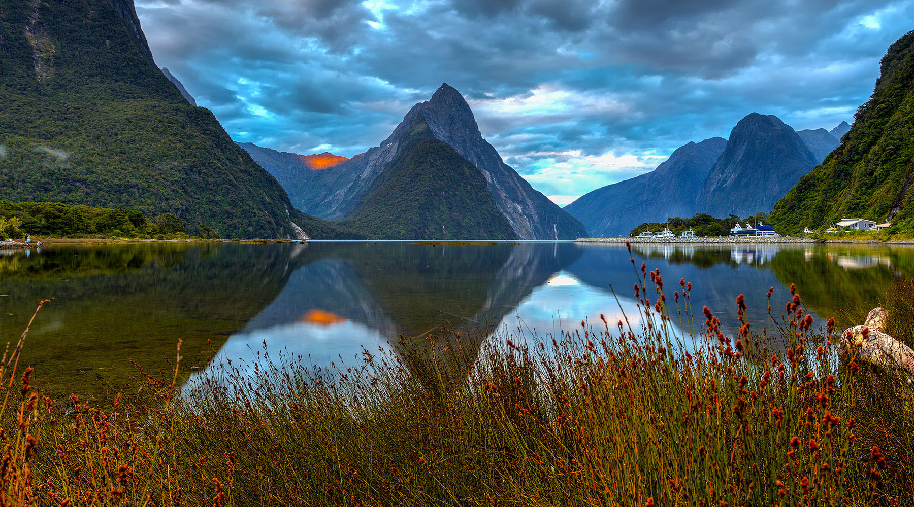 15-Night New Zealand Intensive Voyage