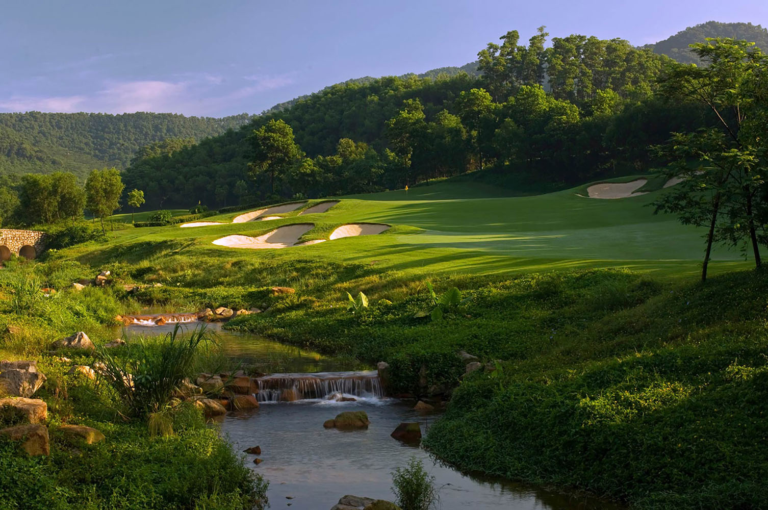 2019 VIETNAM, HONG KONG & JAPAN GOLF CRUISE
