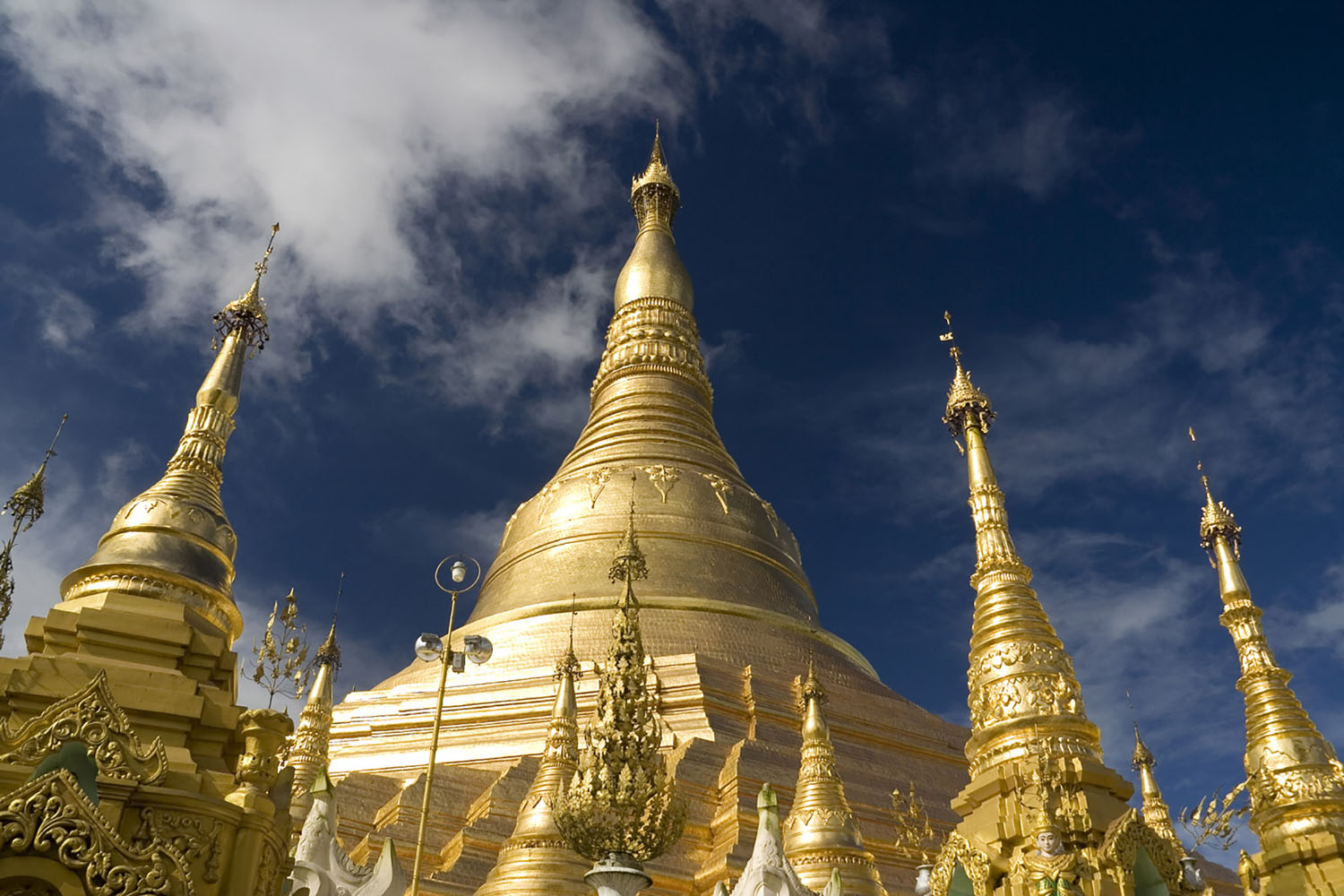 .Explore one of the most famous Buddhist temples, Shwedagon Pagoda.
