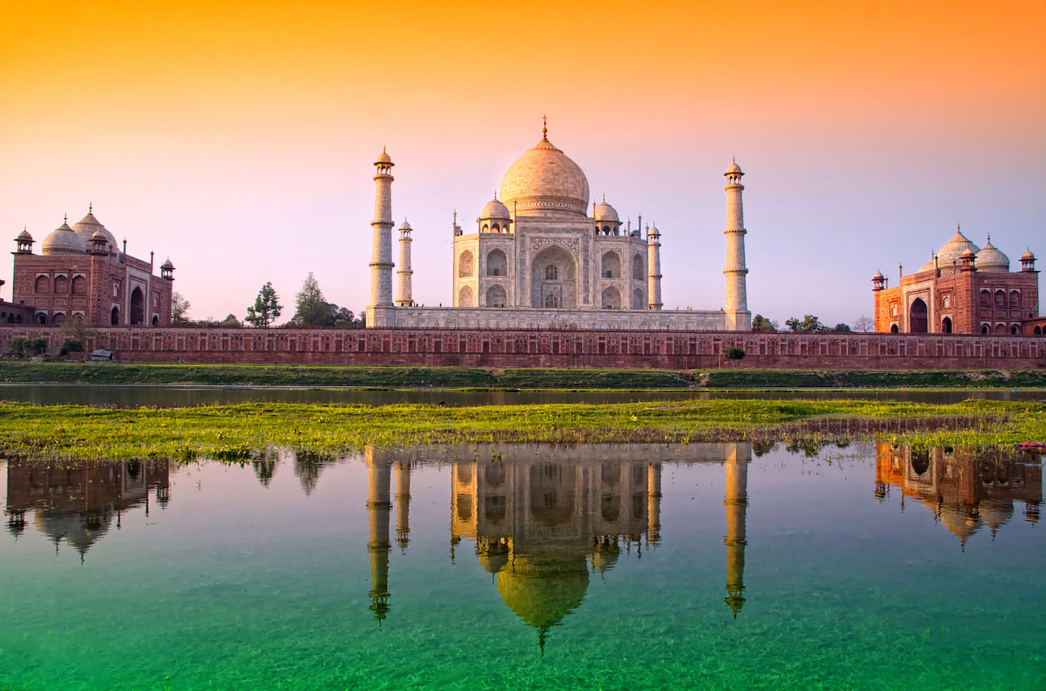 In Agra, the real star of your trip awaits—the Taj Mahal!
